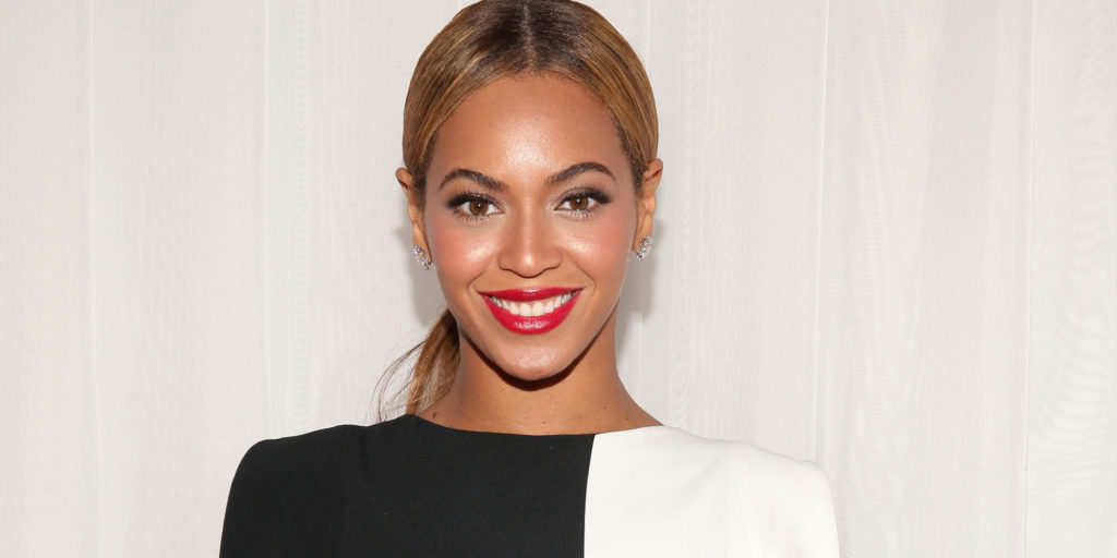 CLUB GIGGLE beyonce-at-club-giggle-com Club Giggle's Ranks The Top 5 Pretty Women In Movies