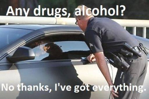 CLUB GIGGLE any-drugs Club Giggle's Funny Police Pictures 4/13/2017