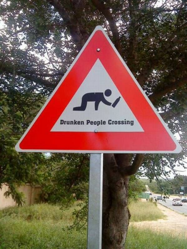 CLUB GIGGLE drunken-people-crossing 21 Funny Signs From Around The World