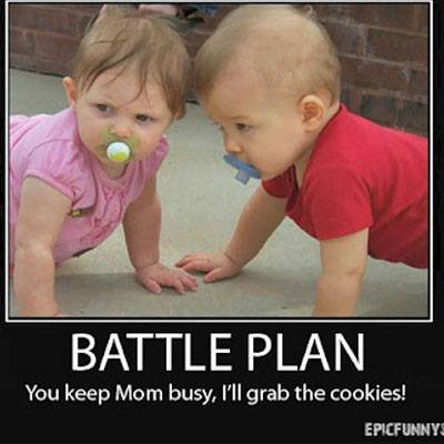 CLUB GIGGLE 6-74708-mm_babymeme30-1406927583 Club Giggle's 20 Funny Pics Of The Day 5/1/17