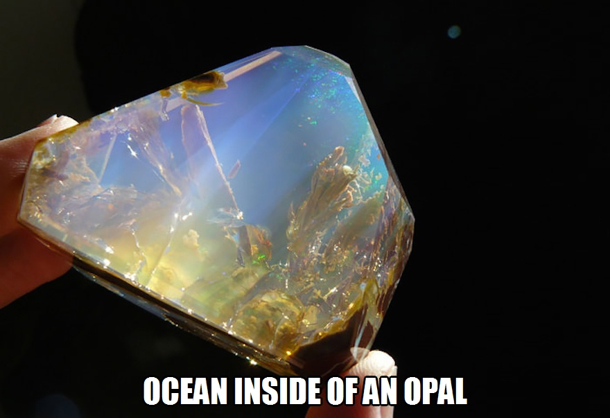 CLUB GIGGLE ocean-inside-an-opal 17 World's Most Amazing Minerals And Gemstones 5/2/2017