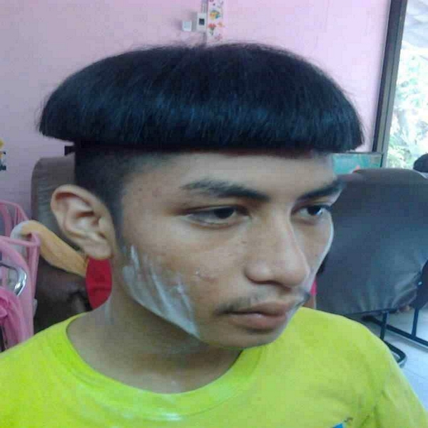 CLUB GIGGLE haircut_fails10 Club Giggle's 30 Worst Haircuts of All Time