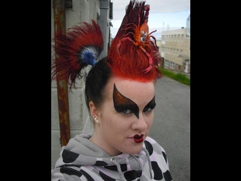 CLUB GIGGLE maxresdefault-2 Club Giggle's 30 Worst Haircuts of All Time