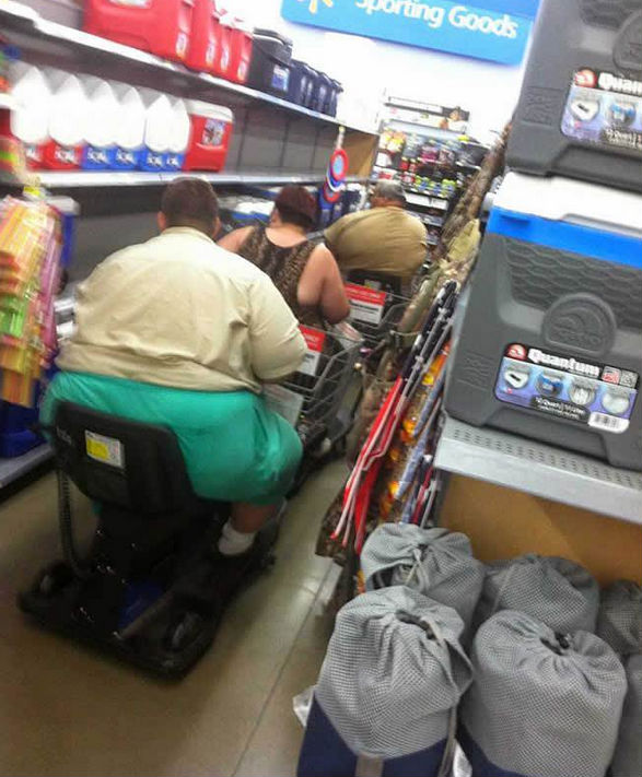 CLUB GIGGLE wtf-walmart-pics-13 Club Giggle Brings You 20 Funny Pictures For The Day Of 7/7/17