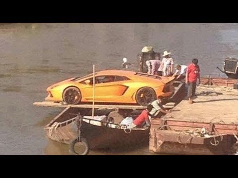 CLUB GIGGLE most-expensive-unloading-fails-g MOST EXPENSIVE UNLOADING FAILS (GONE WRONG)