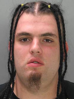 CLUB GIGGLE braids A hilarious collection of 31 funny mug shots on the Internet.