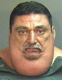 CLUB GIGGLE images-1-2 A hilarious collection of 31 funny mug shots on the Internet.