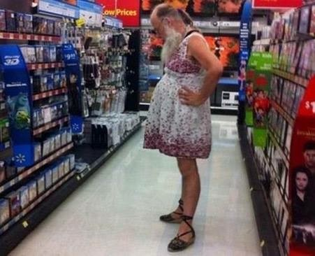 CLUB GIGGLE funny-weird-people-walmart-shopping-spotted-pics-images-13 36 Pictures of People of Walmart