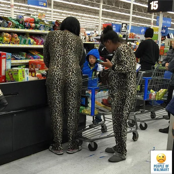 CLUB GIGGLE people-of-walmart16 36 Pictures of People of Walmart