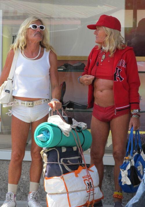 CLUB GIGGLE fashion-fail31 Look It Up Its Called Fashion 40 Funny Fashion Fails...