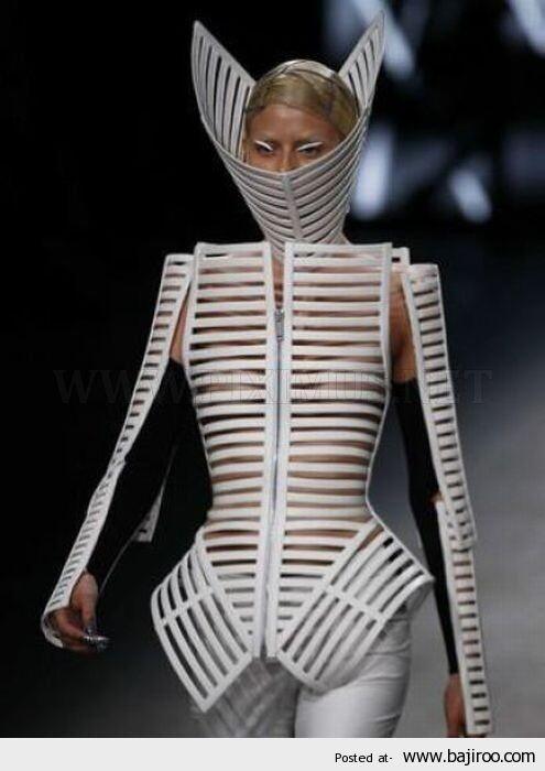 CLUB GIGGLE fashion-fail6 Look It Up Its Called Fashion 40 Funny Fashion Fails...