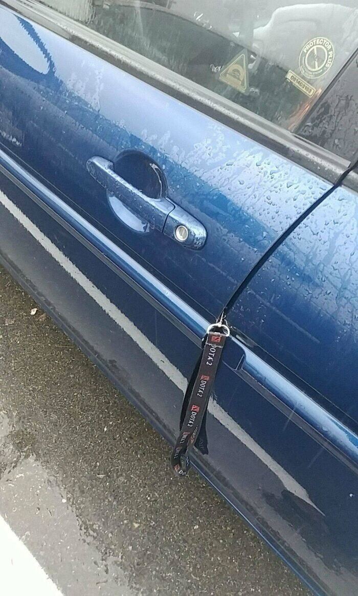 CLUB GIGGLE funny31-2 35 Times The Universe Showed  It Hates Car Owners...