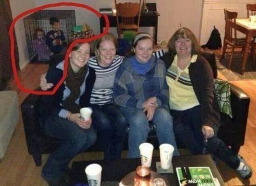 CLUB GIGGLE worst-parents-ever 25 Horrific Parenting Fails.....