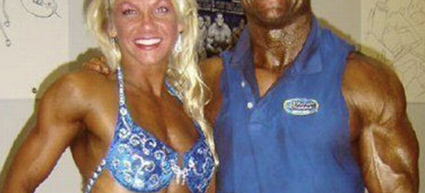 CLUB GIGGLE Fake-Tan-Fails-3-615x280 Top 20 Spray Tan Fails That Will Give You Nightmares