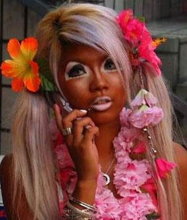 CLUB GIGGLE Fake-Tan-Fails-7 Top 20 Spray Tan Fails That Will Give You Nightmares