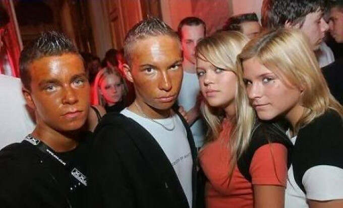CLUB GIGGLE NINTCHDBPICT000369204648 Top 20 Spray Tan Fails That Will Give You Nightmares