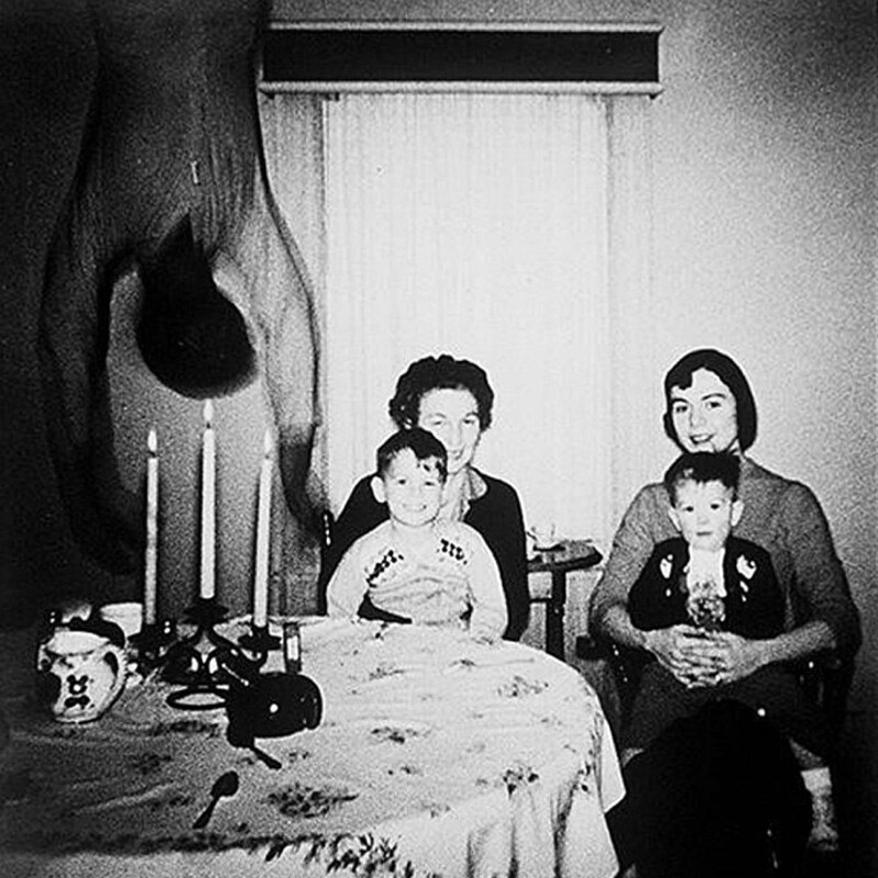 CLUB GIGGLE j9p949v 22 Creepiest Photos You Will Ever See On The Internet....
