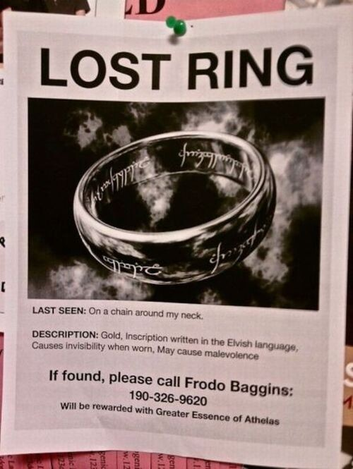 CLUB GIGGLE lost-and-found23 25 Hilarious Lost And Found Signs