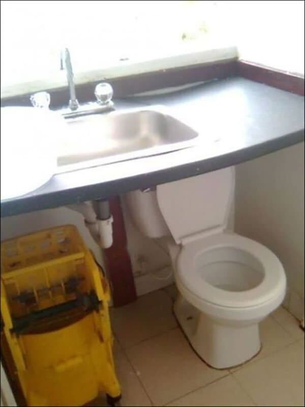 CLUB GIGGLE toilet-top 40 Epic Design And Construction Fails Guaranteed to Make You Cringe and Laugh