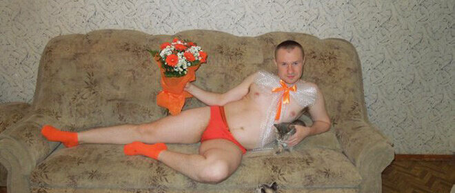CLUB GIGGLE weird-russians4-660x280 Russian Tinder ...... There Isn't Enough Vodka On The Planet......