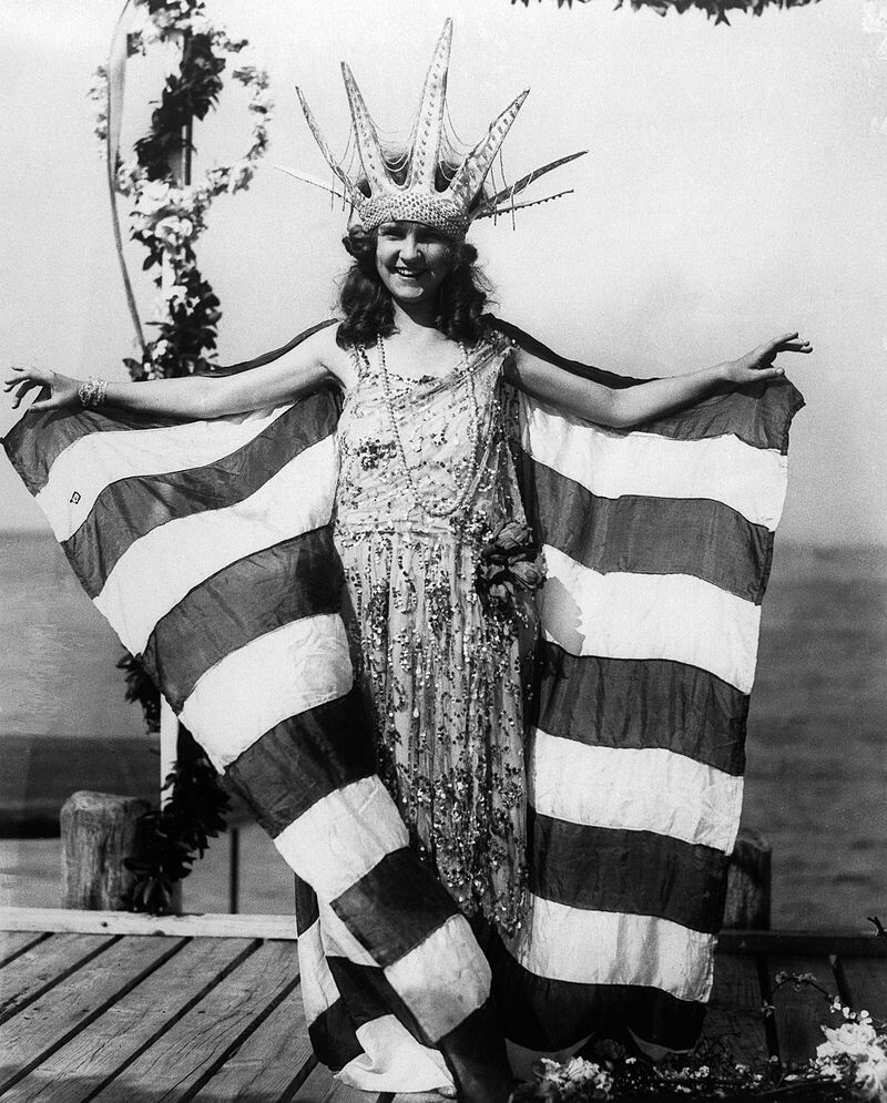 CLUB GIGGLE Margaret_Gorman_4 Miss America 1921 To 1940..  See How Times Have Changed.
