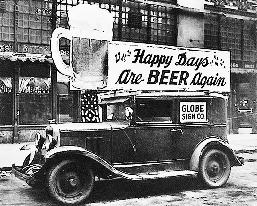 CLUB GIGGLE b744f9e772e5f508bc8d03533978d6a6 20 Pictures Of The Prohibition Era