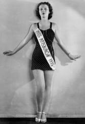 CLUB GIGGLE headshot-337 Miss America 1921 To 1940..  See How Times Have Changed.