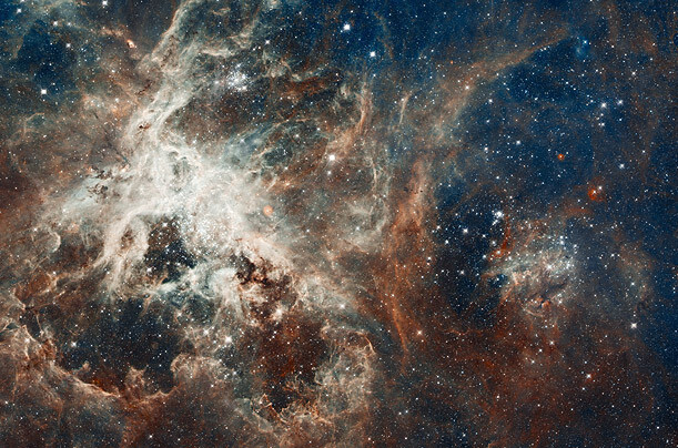 CLUB GIGGLE hubble_anniv_adds_01 30 Amazing NASA Photos Of The Universe....
