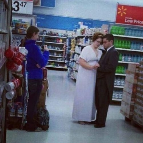 CLUB GIGGLE people-walmart-8 30 Wild Walmartians That'll Make You Feel Better About Your Life Choices