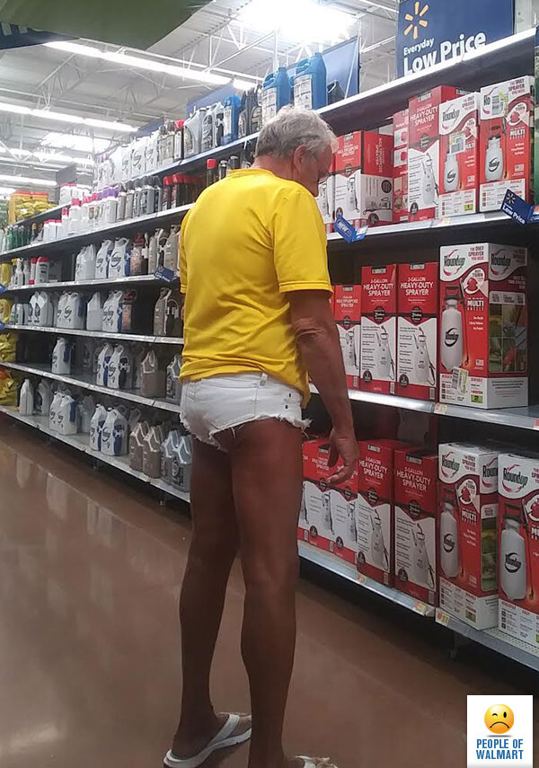 CLUB GIGGLE 23 30 Meanwhile In Walmart Pics That Will Blow Your Mind