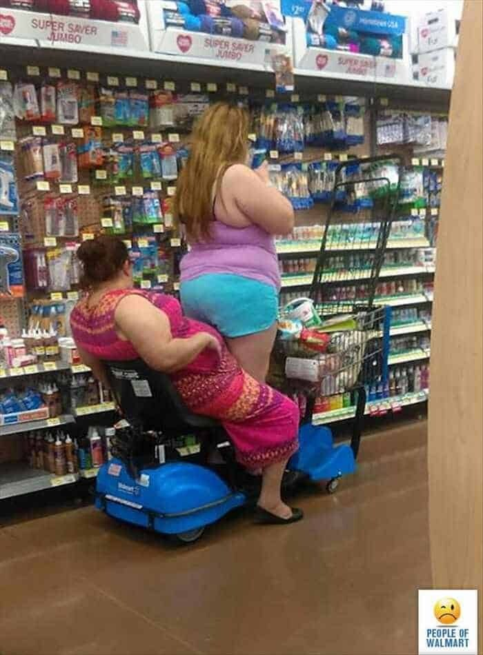 CLUB GIGGLE 33 30 Meanwhile In Walmart Pics That Will Blow Your Mind