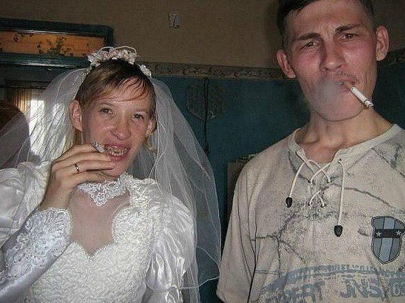CLUB GIGGLE funny-russian-wedding1 24 Funny, Awkward Creepy Wedding Photos From The Land Of Russia