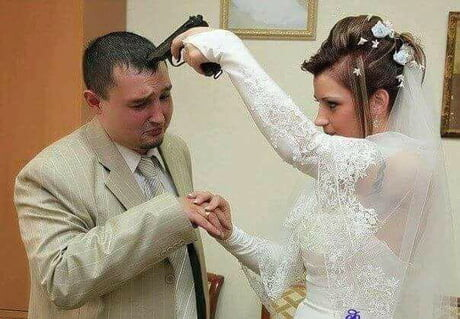 CLUB GIGGLE funny-russian-wedding2 24 Funny, Awkward Creepy Wedding Photos From The Land Of Russia