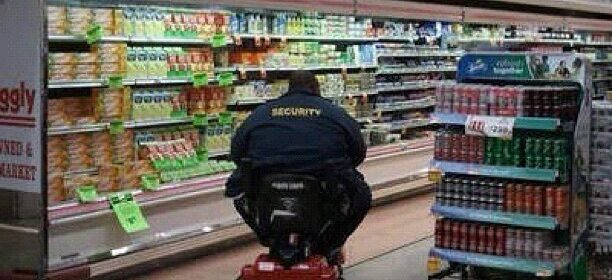 CLUB GIGGLE k1QRIcQ-612x280 30 Meanwhile In Walmart Pics That Will Blow Your Mind