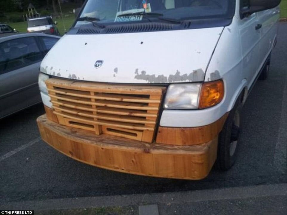 CLUB GIGGLE redneck-car-hacks18 Top 25 Redneck Car Repairs When You Are On A Budget....