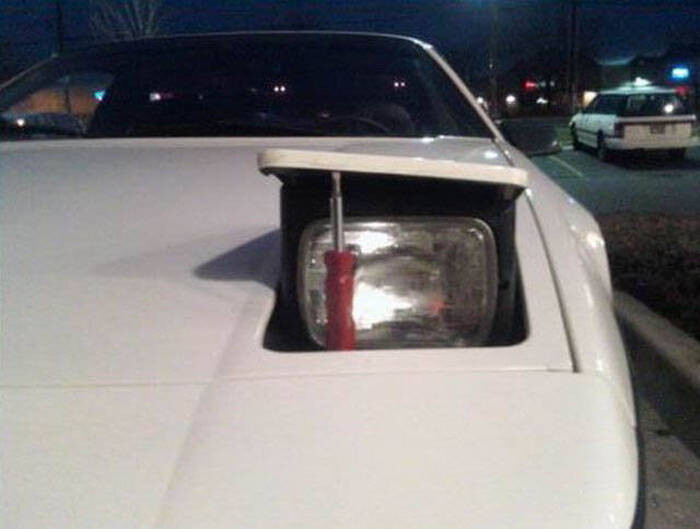 CLUB GIGGLE redneck-car-hacks39 Top 25 Redneck Car Repairs When You Are On A Budget....