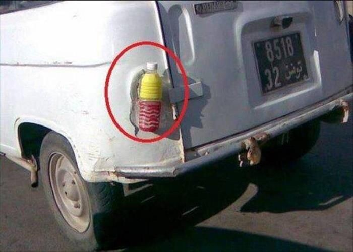 CLUB GIGGLE redneck-car-hacks6 Top 25 Redneck Car Repairs When You Are On A Budget....
