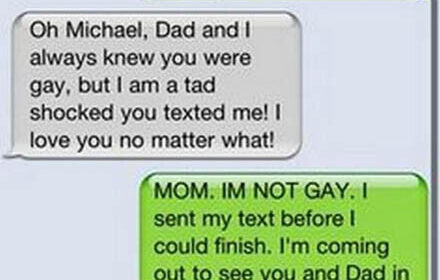 CLUB GIGGLE 9-440x280 18 Funniest Texts Between Parents and Their Kids....