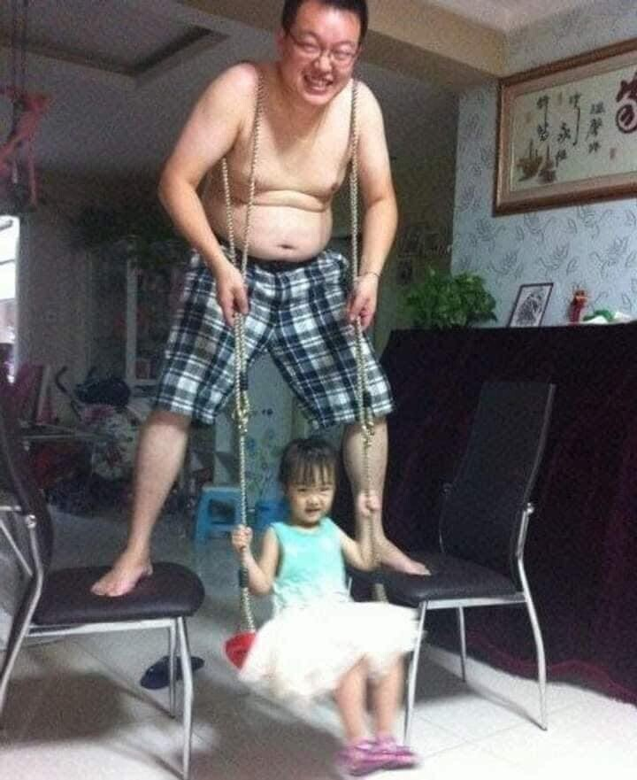 CLUB GIGGLE funny-babies13 When Dads turn to babysit 25 Photos