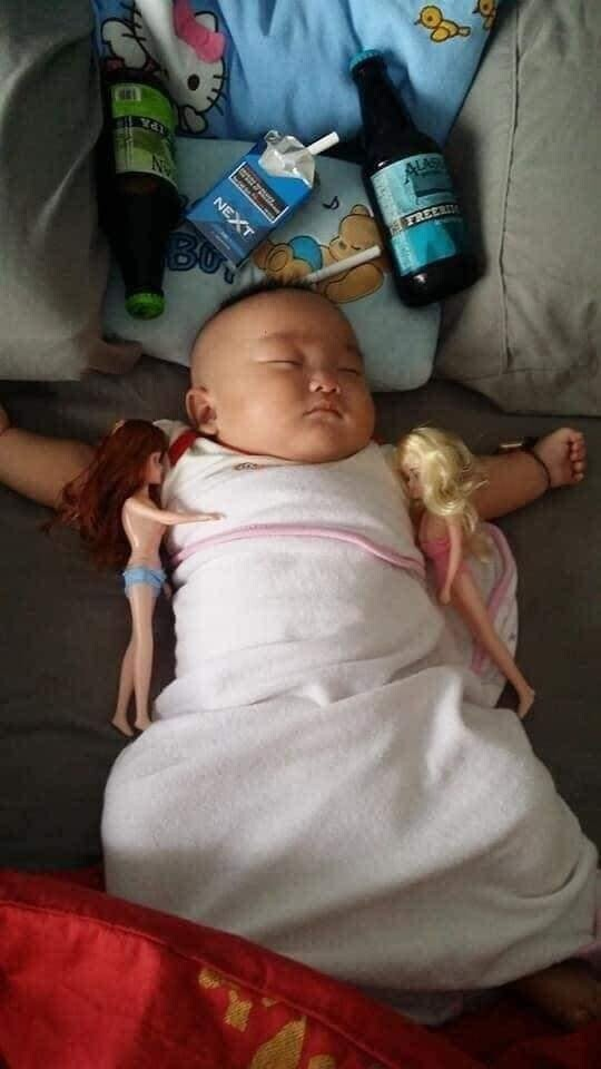 CLUB GIGGLE funny-babies24 When Dads turn to babysit 25 Photos