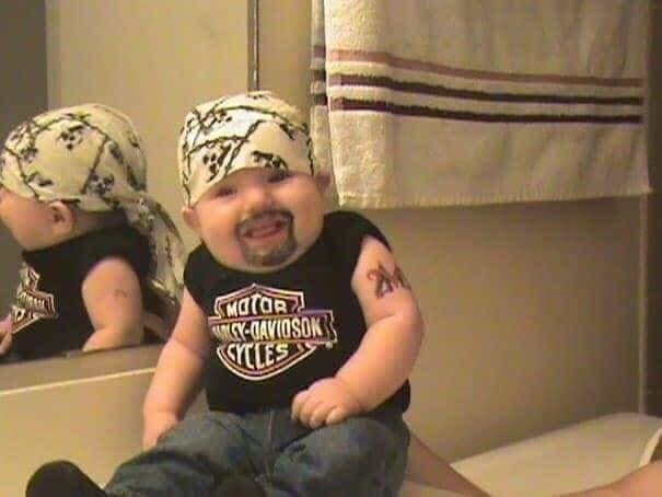 CLUB GIGGLE funny-babies7 When Dads turn to babysit 25 Photos