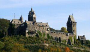 CLUB GIGGLE Burg-Altena-Germany-300x174 Most Beautiful Castles Around The World