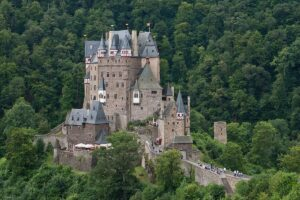 CLUB GIGGLE Burg-Eltz-Castle-Germany-300x200 Most Beautiful Castles Around The World