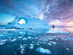 CLUB GIGGLE Icebergs-Greenland-300x225 Top Ten Wonders of Nature! (Part 1)