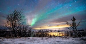 CLUB GIGGLE Northern-Lights-Kirkenes-Snow-Hotel-300x156 The Seven Natural Wonders Of The World