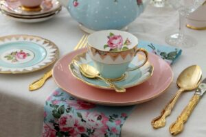 CLUB GIGGLE Tea-PArty-300x200 Bucket List Ideas for Adults (Part 1)
