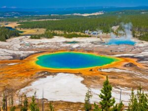 CLUB GIGGLE The-Grand-Prismatic-Spring-Yellowstone-Wyoming-300x225 Top Ten Wonders of Nature! (Part 1)