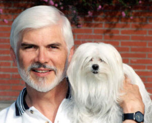 CLUB GIGGLE White-haired-man-and-dog-300x242 Pets Who Are Identical To Their Owners