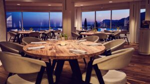 CLUB GIGGLE miz-300x169 Top 15 Restaurants In The World