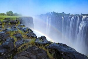 CLUB GIGGLE victoria-falls-double-rainbow-fin_Web-300x200 The Seven Natural Wonders Of The World